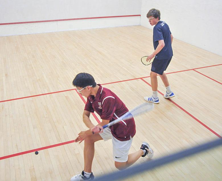 home_sportsclub_squash1